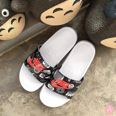[631261-107] M NIKE BENASSI JDI PRINT SLIDE WHITE/ UNIVERSITY RED-BLACK