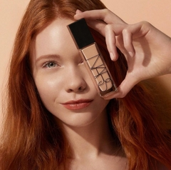 Kem Nền Nars Natural Radiant Longwear Foundation (30ml)
